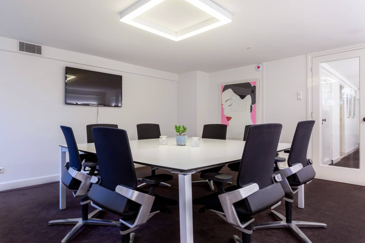 Meeting-Rooms-Amsterdam-Centrum-Apollo-Studio-EBC-Amsterdam-01